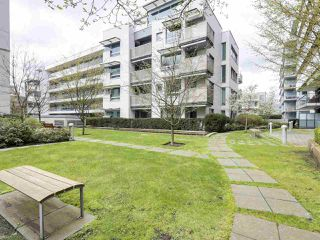Photo 18: 309 1661 ONTARIO STREET in Vancouver: False Creek Condo for sale (Vancouver West)  : MLS®# R2157053