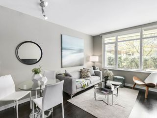 Photo 7: 309 1661 ONTARIO STREET in Vancouver: False Creek Condo for sale (Vancouver West)  : MLS®# R2157053
