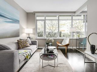 Photo 10: 309 1661 ONTARIO STREET in Vancouver: False Creek Condo for sale (Vancouver West)  : MLS®# R2157053