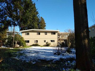 Photo 2: 444 GLENHOLME STREET in Coquitlam: Central Coquitlam House for sale : MLS®# R2243746