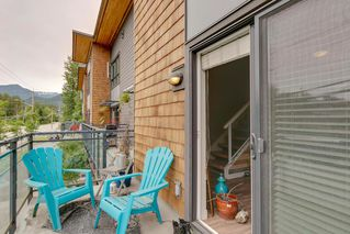 Photo 7: 40160 GOVERNMENT ROAD in Squamish: Garibaldi Estates Townhouse for sale : MLS®# R2281164