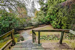Photo 4: 3802 ST. MARYS Avenue in North Vancouver: Upper Lonsdale House for sale : MLS®# R2404922
