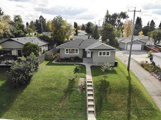 Photo 2: 4707 107 Avenue in Edmonton: Zone 19 House for sale : MLS®# E4183803