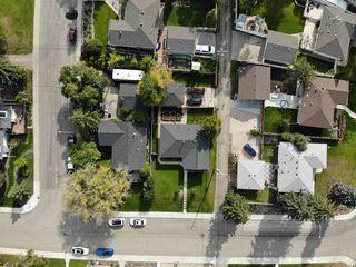 Photo 3: 4707 107 Avenue in Edmonton: Zone 19 House for sale : MLS®# E4183803