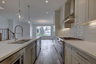 Photo 10: 308 30 Avenue NE in Calgary: Tuxedo Park Semi Detached for sale : MLS®# C4273356