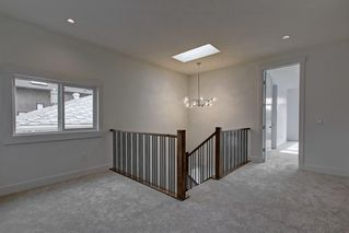 Photo 19: 308 30 Avenue NE in Calgary: Tuxedo Park Semi Detached for sale : MLS®# C4273356
