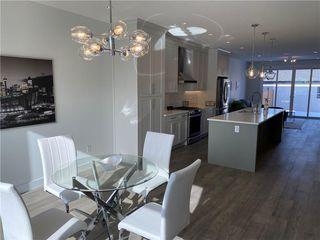 Photo 4: 308 30 Avenue NE in Calgary: Tuxedo Park Semi Detached for sale : MLS®# C4273356