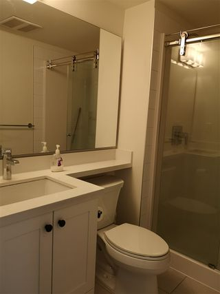 Photo 12: 417 500 ROYAL Avenue in New Westminster: Downtown NW Condo for sale : MLS®# R2444936