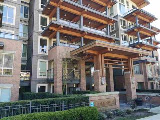 Photo 2: 417 500 ROYAL Avenue in New Westminster: Downtown NW Condo for sale : MLS®# R2444936