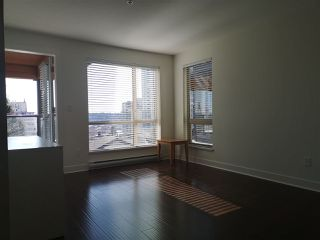 Photo 8: 417 500 ROYAL Avenue in New Westminster: Downtown NW Condo for sale : MLS®# R2444936