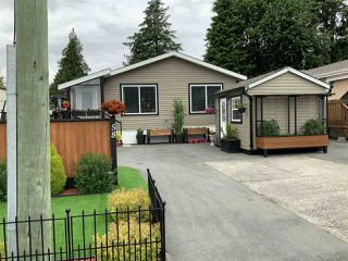 """Photo 1: 58 6338 VEDDER Road in Chilliwack: Sardis West Vedder Rd Manufactured Home for sale in """"MAPLE MEADOWS MOBILE HOME PARK"""" (Sardis)  : MLS®# R2462177"""
