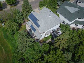 Photo 3: 8015 95A Street in Edmonton: Zone 17 House for sale : MLS®# E4202134