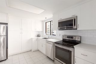 """Photo 4: 1003 6282 KATHLEEN Avenue in Burnaby: Metrotown Condo for sale in """"THE EMPRESS"""" (Burnaby South)  : MLS®# R2478868"""