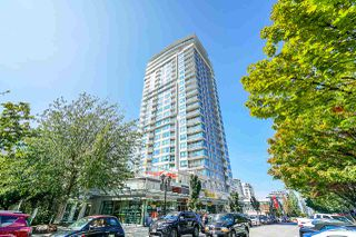 "Photo 2: 2101 125 E 14TH Street in North Vancouver: Central Lonsdale Condo for sale in ""CENTERVIEW"" : MLS®# R2482866"