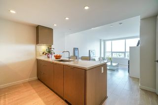 "Photo 4: 2101 125 E 14TH Street in North Vancouver: Central Lonsdale Condo for sale in ""CENTERVIEW"" : MLS®# R2482866"