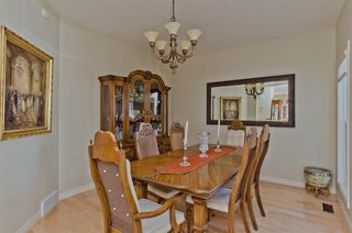 Photo 5: 194 Royal Birch Way NW in Calgary: Royal Oak Detached for sale : MLS®# A1024156