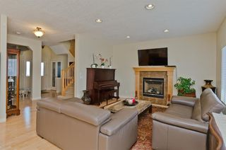 Photo 9: 194 Royal Birch Way NW in Calgary: Royal Oak Detached for sale : MLS®# A1024156