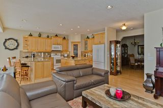 Photo 10: 194 Royal Birch Way NW in Calgary: Royal Oak Detached for sale : MLS®# A1024156
