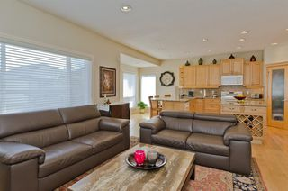 Photo 11: 194 Royal Birch Way NW in Calgary: Royal Oak Detached for sale : MLS®# A1024156