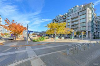 Photo 3: 319 1783 MANITOBA Street in Vancouver: False Creek Condo for sale (Vancouver West)  : MLS®# R2517688