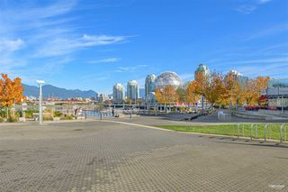 Photo 4: 319 1783 MANITOBA Street in Vancouver: False Creek Condo for sale (Vancouver West)  : MLS®# R2517688