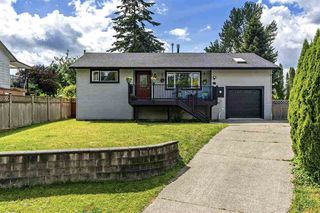 Photo 1: 11931 249 Street in Maple Ridge: Websters Corners House for sale : MLS®# R2523124