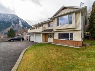 Photo 2: 909 COLUMBIA STREET: Lillooet House for sale (South West)  : MLS®# 159691