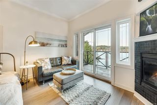 Photo 7: 302 2326 Harbour Rd in : Si Sidney North-East Condo for sale (Sidney)  : MLS®# 862120