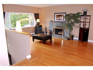 Photo 2: 1491 COMO LAKE AV in Coquitlam: Harbour Place House for sale : MLS®# V979371