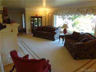 Photo 7: 3220 BEACH Drive in VICTORIA: OB Uplands Residential for sale (Oak Bay)  : MLS®# 313381