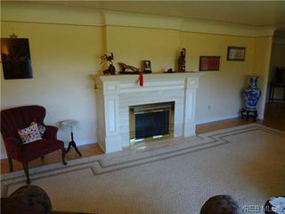 Photo 8: 3220 BEACH Drive in VICTORIA: OB Uplands Residential for sale (Oak Bay)  : MLS®# 313381