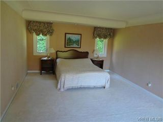 Photo 15: 3220 BEACH Drive in VICTORIA: OB Uplands Residential for sale (Oak Bay)  : MLS®# 313381