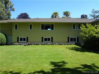 Photo 18: 3220 BEACH Drive in VICTORIA: OB Uplands Residential for sale (Oak Bay)  : MLS®# 313381