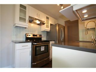 Photo 3: 305 750 E 7TH Avenue in Vancouver: Mount Pleasant VE Condo for sale (Vancouver East)  : MLS®# V986205