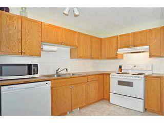 Photo 4: 39 SADDLEMEAD Green NE in CALGARY: Saddleridge Residential Detached Single Family for sale (Calgary)  : MLS®# C3555180