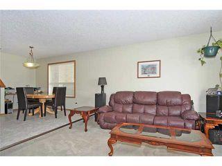 Photo 3: 39 SADDLEMEAD Green NE in CALGARY: Saddleridge Residential Detached Single Family for sale (Calgary)  : MLS®# C3555180