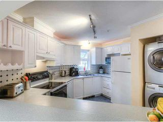 "Photo 5: 126 2980 PRINCESS Crescent in Coquitlam: Canyon Springs Townhouse for sale in ""MONTCLAIRE"" : MLS®# V1081547"