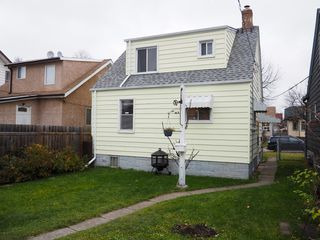 Photo 8: 464 Garlies Street in Winnipeg: North End Single Family Detached for sale (Central Winnipeg)  : MLS®# 1529498
