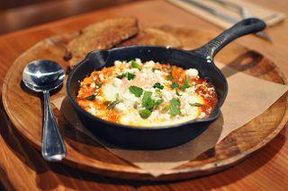 Photo 3: ~ Cozy Kitsilano Restaurant ~ in : Kitsilano Home for sale (Vancouver East)  : MLS®# C8005008