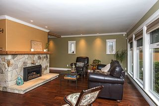 Photo 5: 1373 CHINE CRESCENT in Coquitlam: Harbour Chines House for sale : MLS®# R2034984