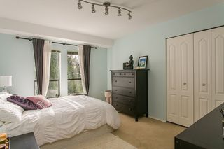 Photo 13: 5417 MOLINA CRESCENT in North Vancouver: Canyon Heights NV House for sale : MLS®# R2061256