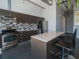 Photo 3: 43 Hanna Ave Unit #620 in Toronto: Niagara Condo for sale (Toronto C01)  : MLS®# C3478267