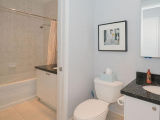 Photo 9: 43 Hanna Ave Unit #620 in Toronto: Niagara Condo for sale (Toronto C01)  : MLS®# C3478267