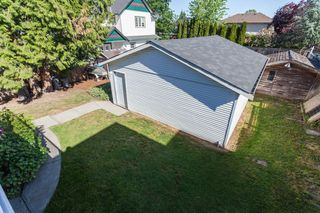 Photo 19: 18185 64 ave in Surrey: Cloverdale BC House for sale (Cloverdale)  : MLS®# R2064928