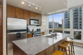 Photo 6: 502 138 E ESPLANADE in North Vancouver: Lower Lonsdale Condo for sale : MLS®# R2108976