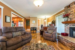 Photo 3: 3001 SURF CRESCENT in Coquitlam: Ranch Park House for sale : MLS®# R2110585