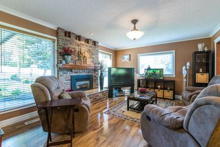Photo 2: 3001 SURF CRESCENT in Coquitlam: Ranch Park House for sale : MLS®# R2110585