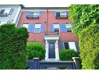 Photo 4: 64-688 Edgar Avenue in Coquitlam: Coquitlam West Townhouse for sale : MLS®# v1129524