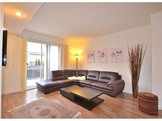 Photo 3: 64-688 Edgar Avenue in Coquitlam: Coquitlam West Townhouse for sale : MLS®# v1129524