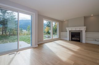 Photo 11: 2240 Southeast 15 Avenue in Salmon Arm: HILLCREST HEIGHTS House for sale (SE Salmon Arm)  : MLS®# 10158069